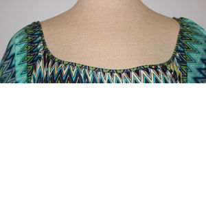 Tops - Short Sleeve Chevron Large Woman's Top w/ tie